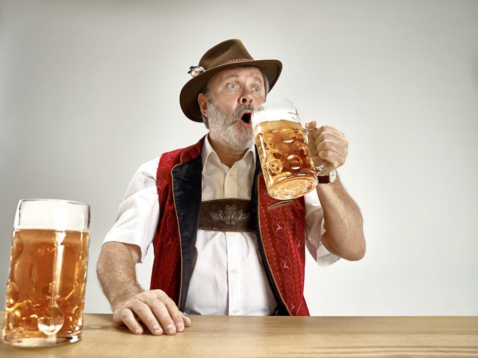 El alcohol es mejor que hacer ejercicio para vivir más de 90 años