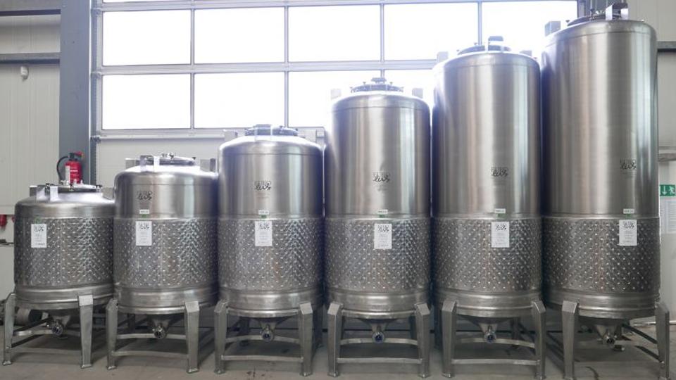Tanques usados para elaborar cerveza