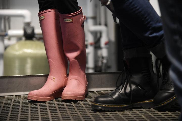 La Pink Boots Society comenzó como una lista de 60 cerveceras y ha aumentado a más de 2,090 miembros en la actualidad.